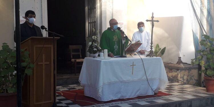 Parroquias y capillas vuelven a recibir fieles de forma presencial